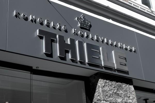 Thiele-interi-C-r-3